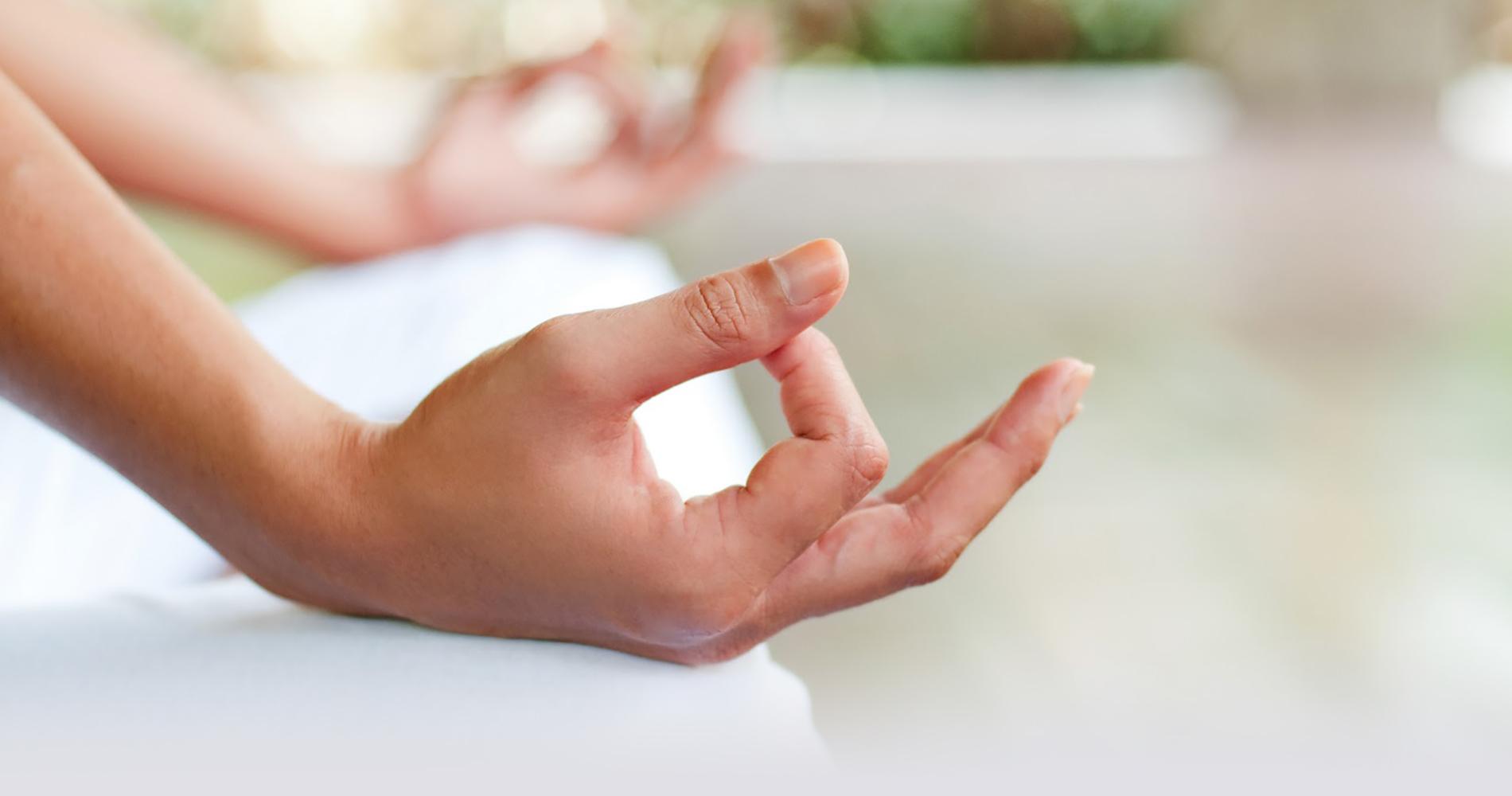 Isseyoga, cours de Yoga dans le Tarn / © Phil Date